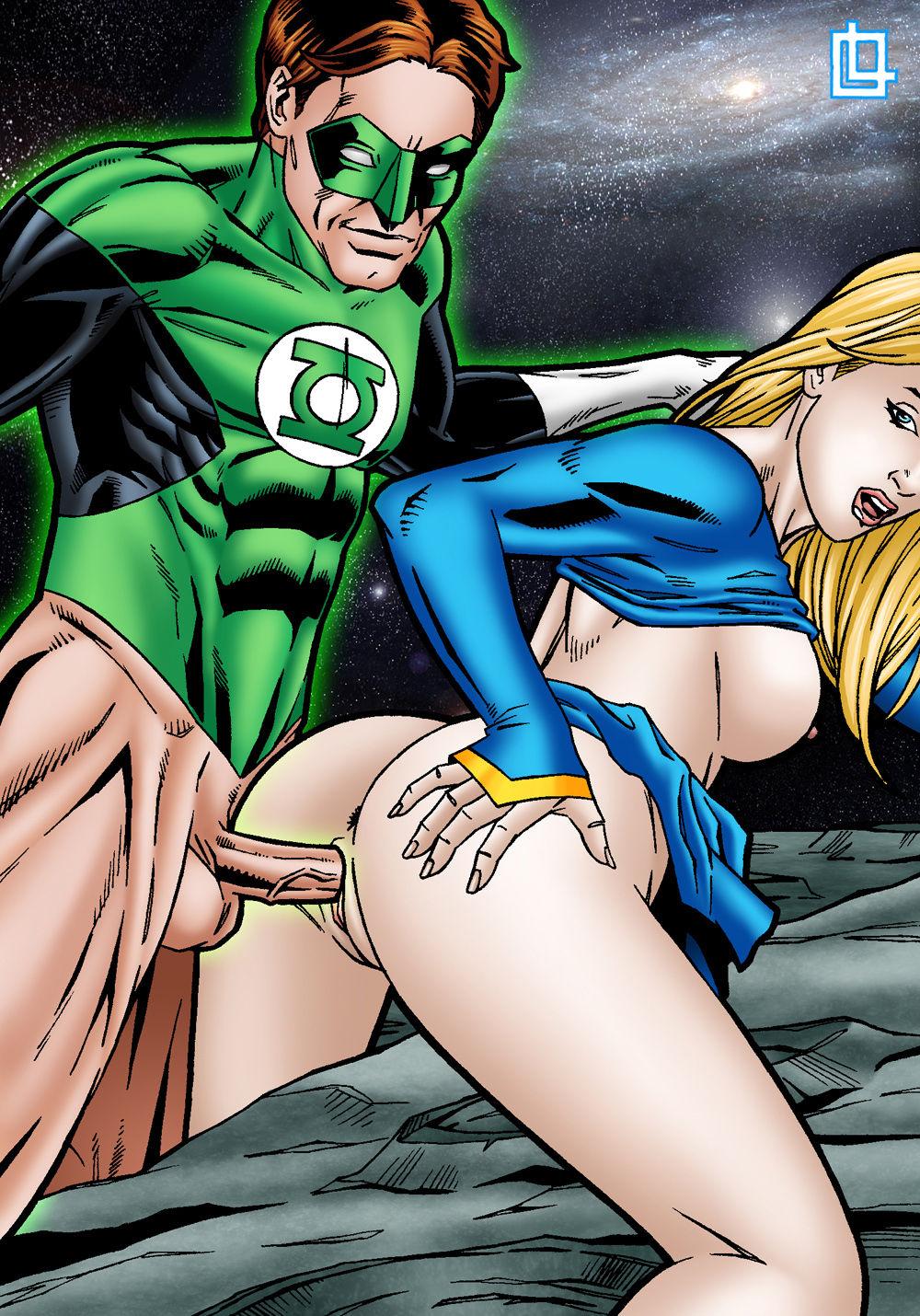 порнуха с зеленым фонарем женские ножки